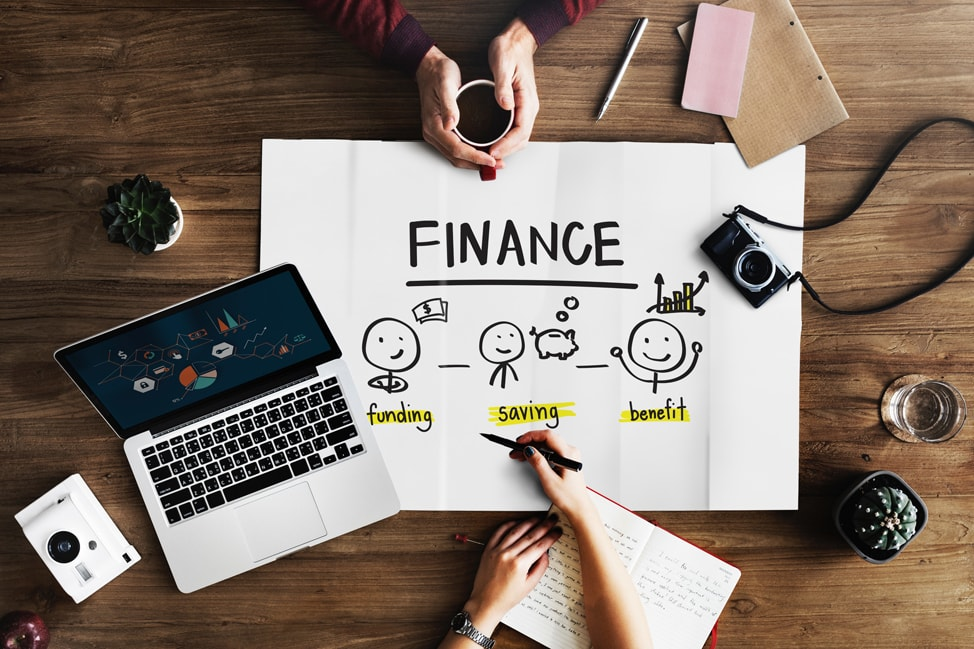 What Things to Consider for Choosing the Right Financial Advisor? - Finance  Talk